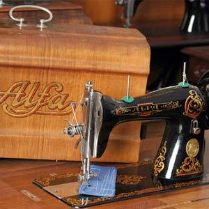 maquina-de-coser-antigua-Alfa